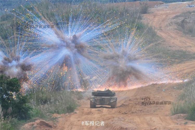 Muc kich xe tang Type 96 cua Trung Quoc loi bun-Hinh-8
