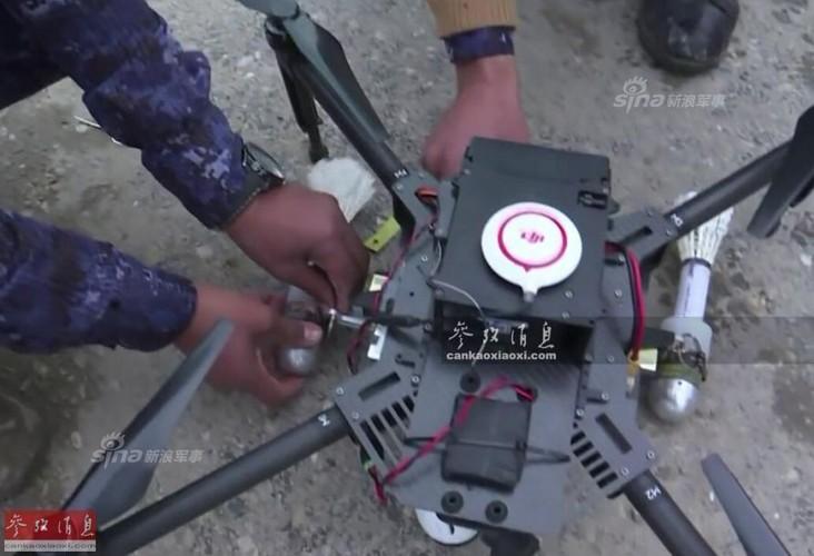 Kho do may bay nem bom khong nguoi lai cua Iraq-Hinh-4