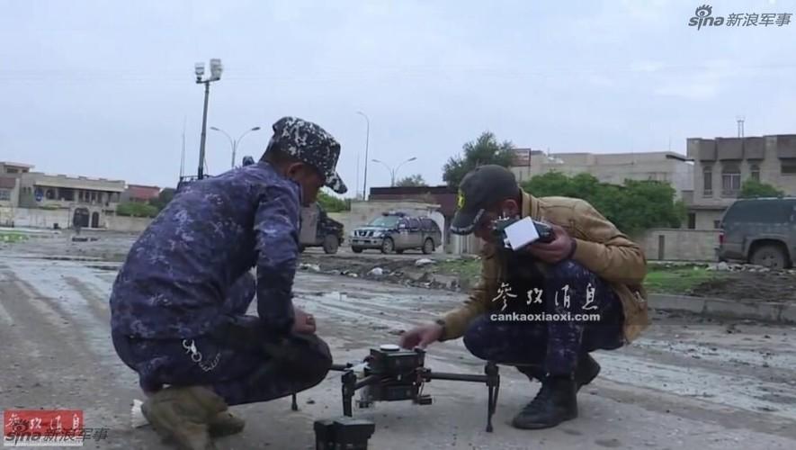 Kho do may bay nem bom khong nguoi lai cua Iraq