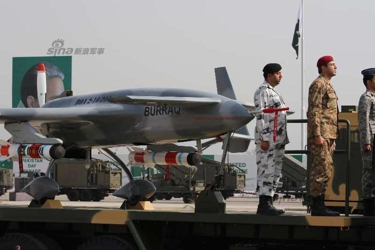 Lai lich UAV chien dau bi an tren bau troi Pakistan-Hinh-4