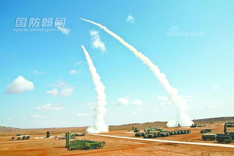 Cang thang canh Trung Quoc khai hoa ten lua S-300PMU2 o at-Hinh-5