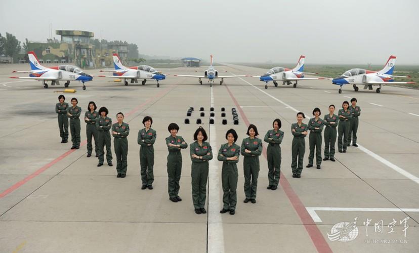 Ngo ngang nhan sac phi cong Khong quan Trung Quoc-Hinh-12