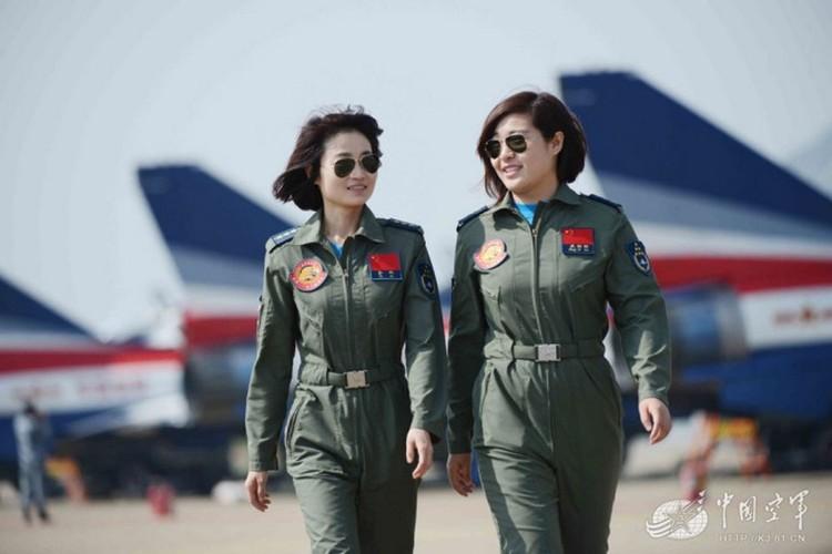 Ngo ngang nhan sac phi cong Khong quan Trung Quoc-Hinh-6
