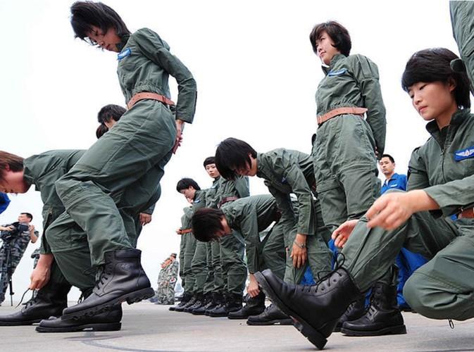 Ngo ngang nhan sac phi cong Khong quan Trung Quoc-Hinh-9
