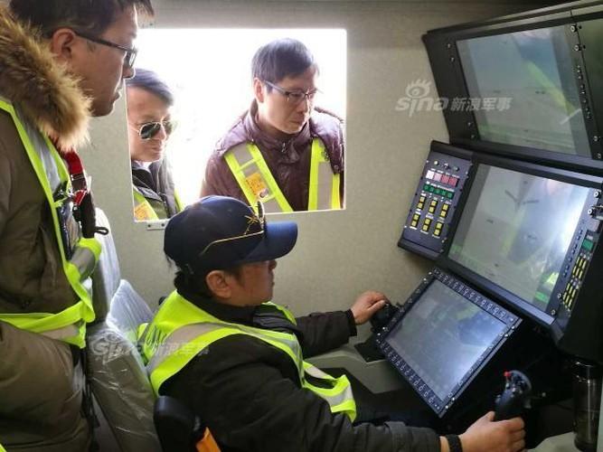 """Trung Quoc """"chiu choi: Dem UAV chien dau toi """"san sau"""" My-Hinh-5"""