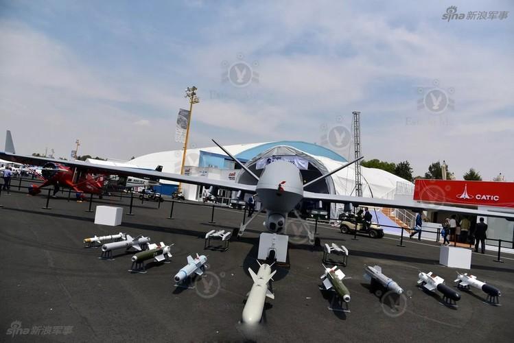 """Trung Quoc """"chiu choi: Dem UAV chien dau toi """"san sau"""" My"""