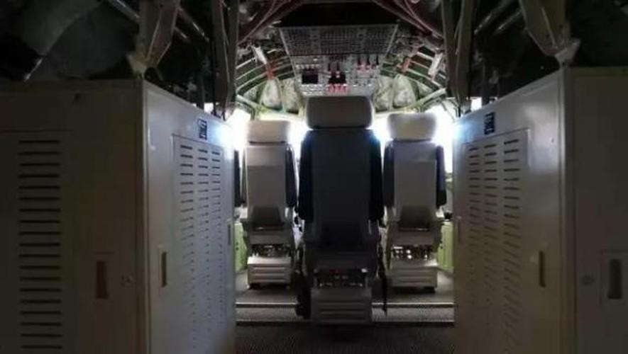 Bat ngo cabin lai thuy phi co TQ lon nhat the gioi-Hinh-4