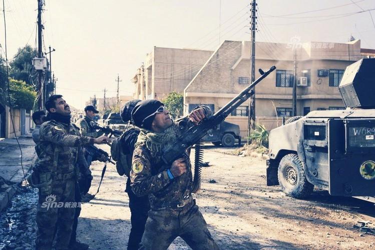 Trang bi khung, dac nhiem Iraq van vat va chong IS-Hinh-5