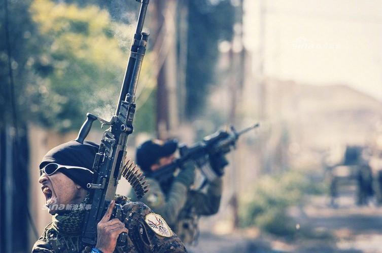 Trang bi khung, dac nhiem Iraq van vat va chong IS-Hinh-9