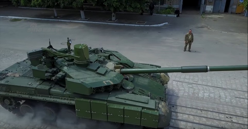 Tham day chuyen san xuat xe tang T-84 Ukraine-Hinh-5