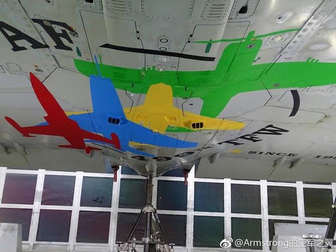 """Dai Loan """"tri an"""" 20 nam tiem kich Mirage 2000 phuc vu-Hinh-2"""