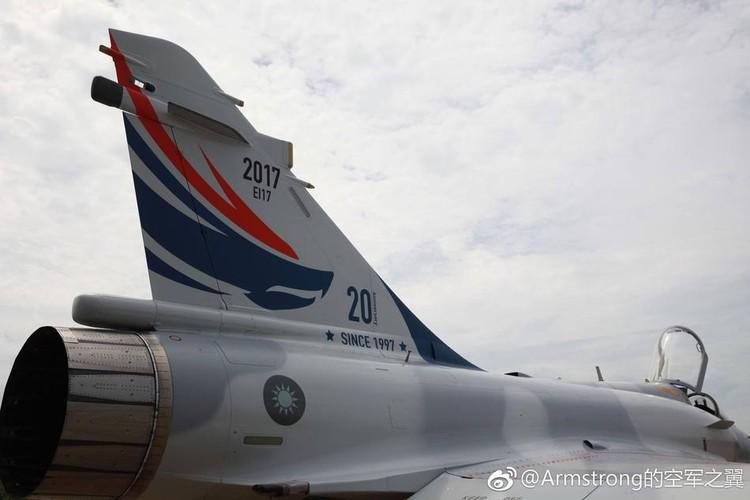 """Dai Loan """"tri an"""" 20 nam tiem kich Mirage 2000 phuc vu-Hinh-3"""