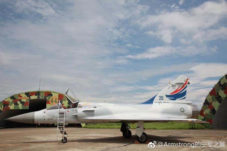 """Dai Loan """"tri an"""" 20 nam tiem kich Mirage 2000 phuc vu-Hinh-4"""