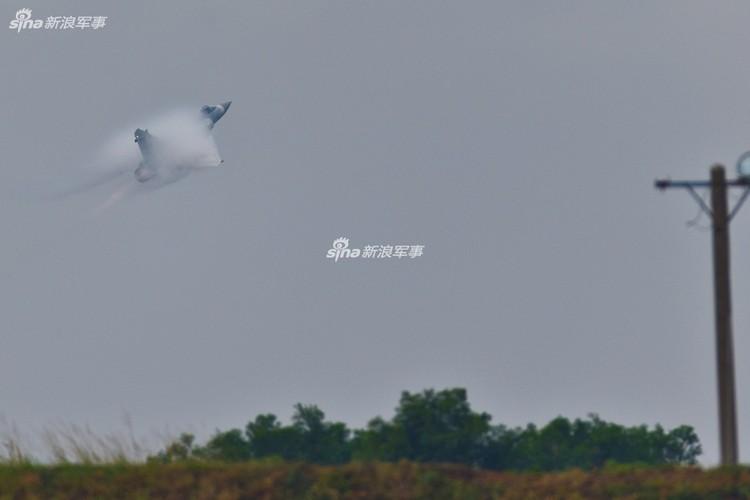 """Dai Loan """"tri an"""" 20 nam tiem kich Mirage 2000 phuc vu-Hinh-7"""