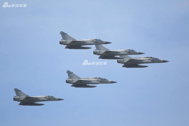 """Dai Loan """"tri an"""" 20 nam tiem kich Mirage 2000 phuc vu-Hinh-8"""