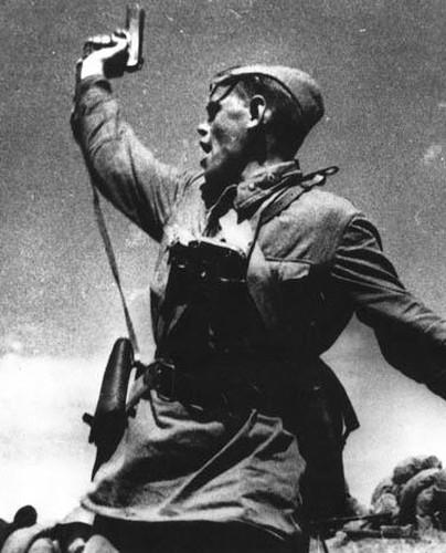 """Giai ma """"cha de"""" cua khau sung luc K-54 Viet Nam-Hinh-2"""