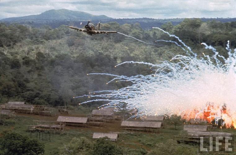 Nhung loai vu khi cam My da tung dung o Viet Nam-Hinh-10