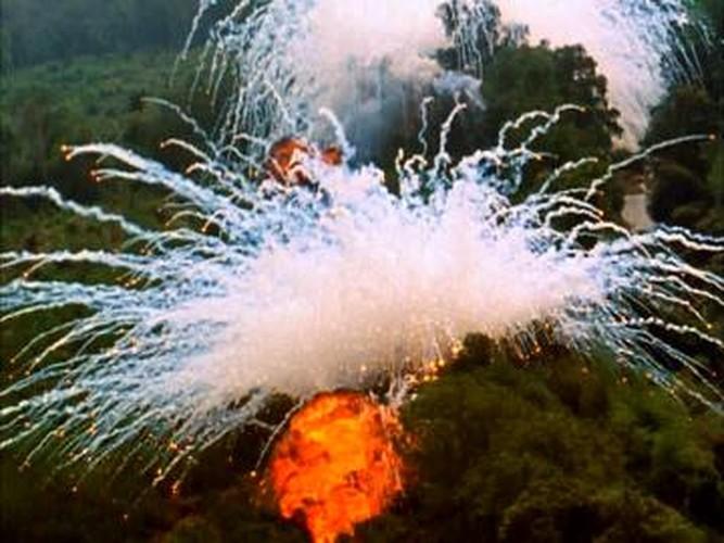 Nhung loai vu khi cam My da tung dung o Viet Nam-Hinh-11