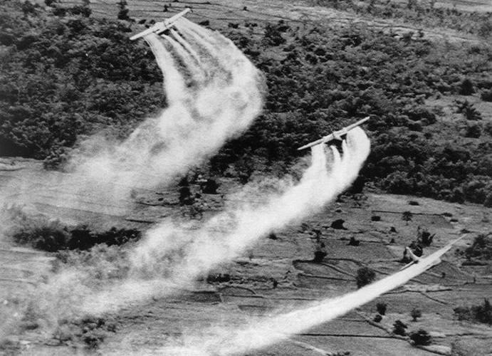 Nhung loai vu khi cam My da tung dung o Viet Nam-Hinh-13