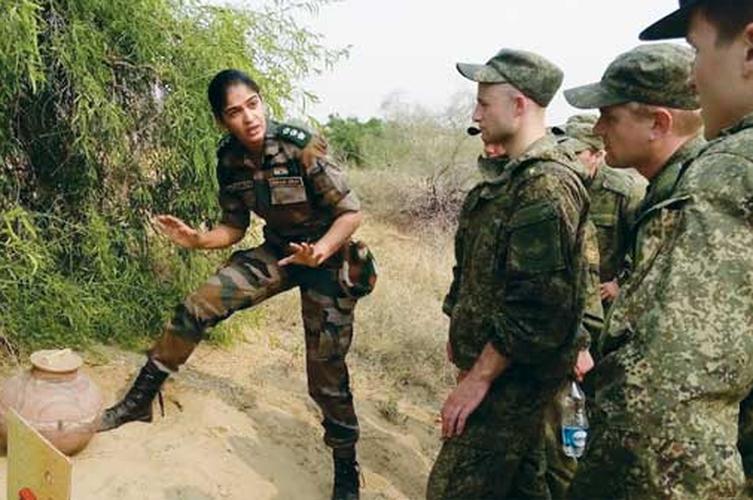 Bat ngo ly do Nga - An Do hoan tap tran chung-Hinh-3