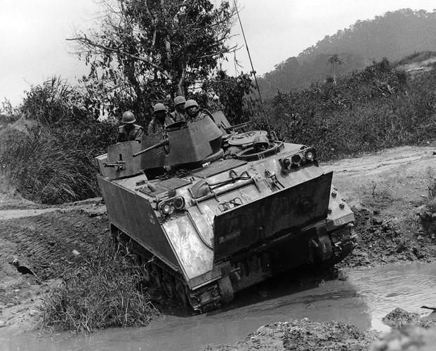 Nhuoc diem chet nguoi cua thiet giap M113 trong CT Viet Nam-Hinh-3