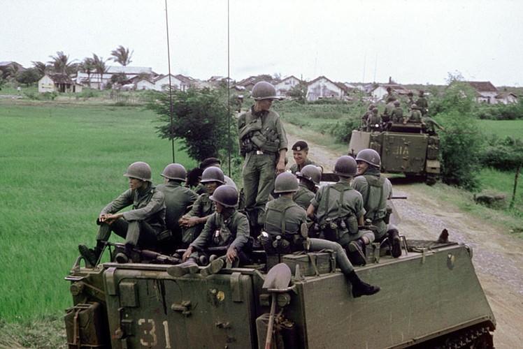 Nhuoc diem chet nguoi cua thiet giap M113 trong CT Viet Nam-Hinh-4