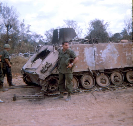 Nhuoc diem chet nguoi cua thiet giap M113 trong CT Viet Nam-Hinh-8