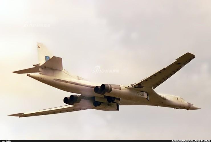 """Tai sao Nga ton tien che tao lai """"phao dai bay"""" Tu-160-Hinh-2"""
