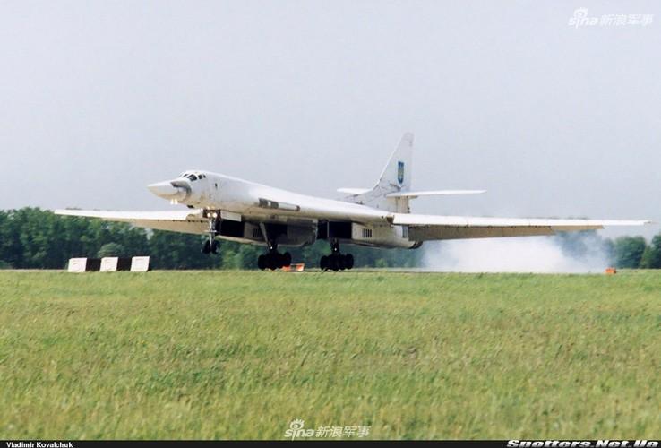 """Tai sao Nga ton tien che tao lai """"phao dai bay"""" Tu-160-Hinh-7"""