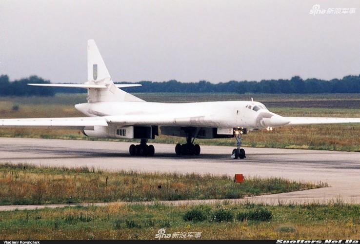 """Tai sao Nga ton tien che tao lai """"phao dai bay"""" Tu-160-Hinh-9"""