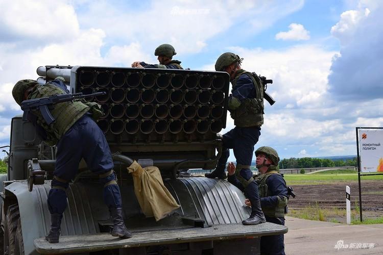 Anh: Phao binh Nga hoi thao, no sung dinh tai nhuc oc-Hinh-2