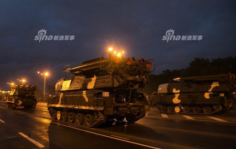 Hoanh trang khong kem Nga duyet binh cua Belarus-Hinh-7