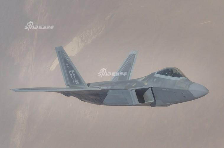 Ly do khien My tin F-22 khong the bi Nga phat hien