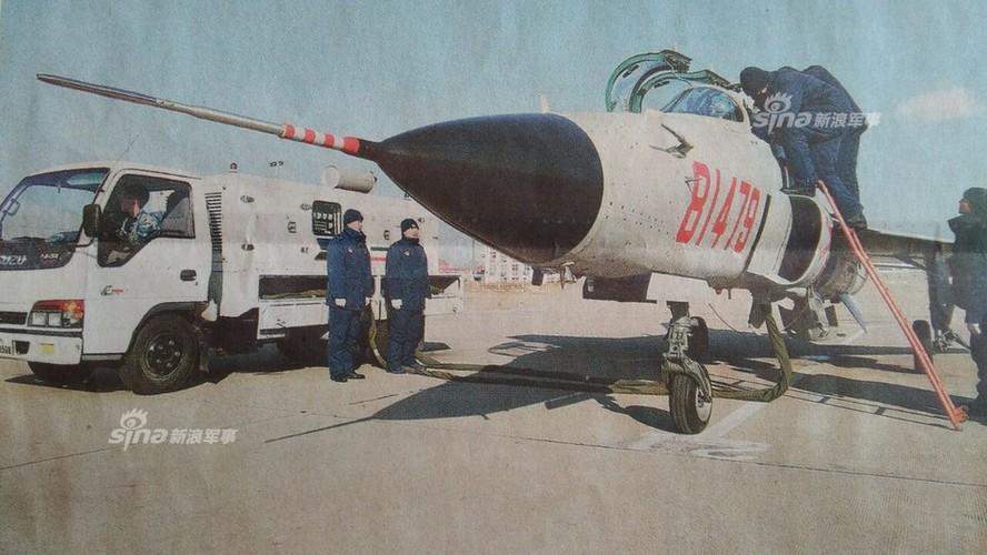 Kinh ngac nhiem vu cua may bay huan luyen JL-9 Trung Quoc-Hinh-2