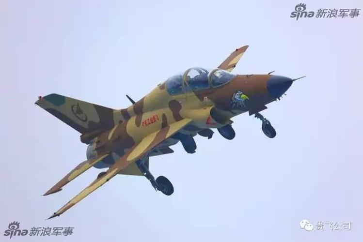 Kinh ngac nhiem vu cua may bay huan luyen JL-9 Trung Quoc-Hinh-7