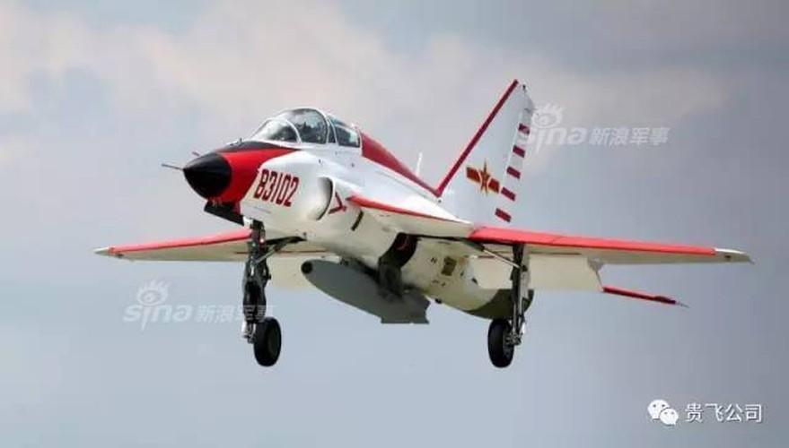 Kinh ngac nhiem vu cua may bay huan luyen JL-9 Trung Quoc-Hinh-8
