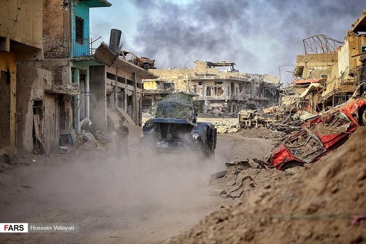 Luc luong canh sat Iraq o Mosul sau ngay giai phong-Hinh-6