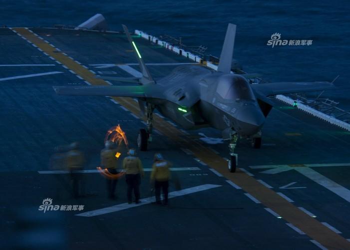 Tau do bo My mang F-35B huong ve ban dao Trieu Tien-Hinh-6