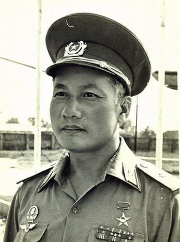 """Phai chang Khong quan Viet Nam """"ngang ngua"""" voi KQ My-Hinh-6"""