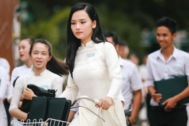 8 ngoi sao phong ve Viet co the mang ve hang tram ty dong-Hinh-2