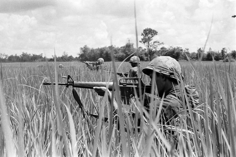 """Voi linh My: Chien tranh Viet Nam """"cang"""" gap 6 lan CTTG 2"""