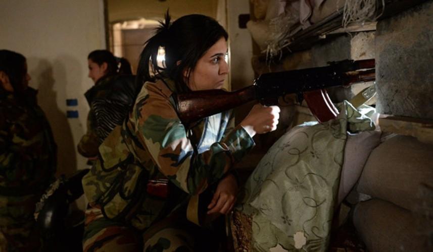 """Can canh nhung """"bong hong thep"""" chong IS o Syria-Hinh-14"""