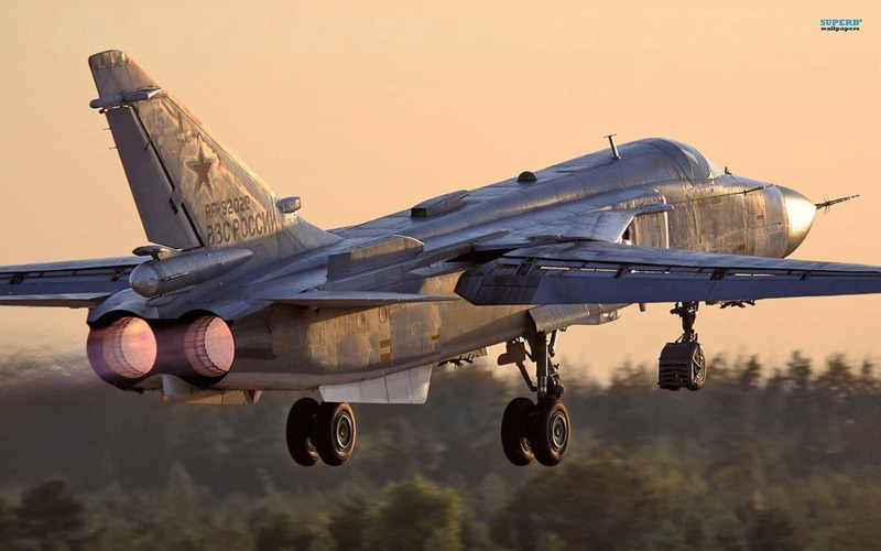 Nhung hung than canh cup canh xoe (4): Huyen thoai Su-24-Hinh-3