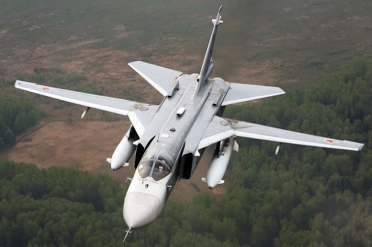 Nhung hung than canh cup canh xoe (4): Huyen thoai Su-24