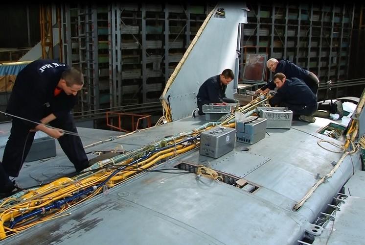 Kham pha bi mat noi hien dai hoa sieu co MiG-31-Hinh-7