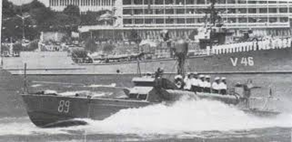 Giai ma tau chien Viet Nam da thuong chien ham My, thang 8/1964-Hinh-5
