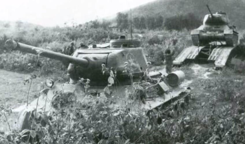 Chiec xe tang dau tien cua Quan doi Nhan Dan Viet Nam-Hinh-10