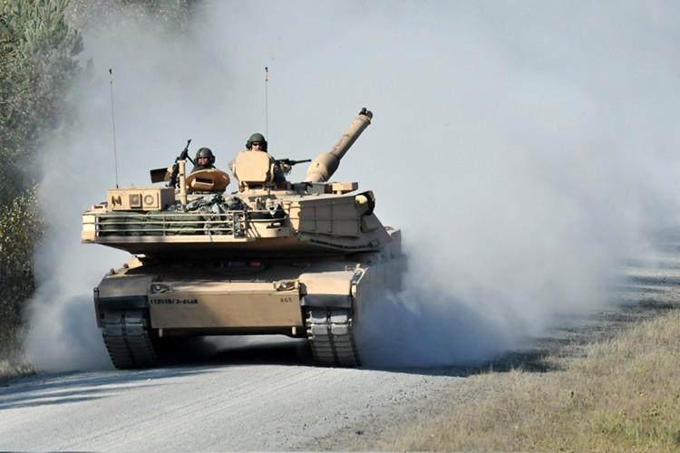 """Can canh  sieu tang M1A1 cua My """"thay long doi da""""-Hinh-10"""