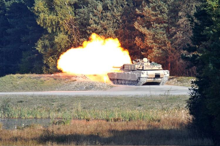 """Can canh  sieu tang M1A1 cua My """"thay long doi da""""-Hinh-11"""