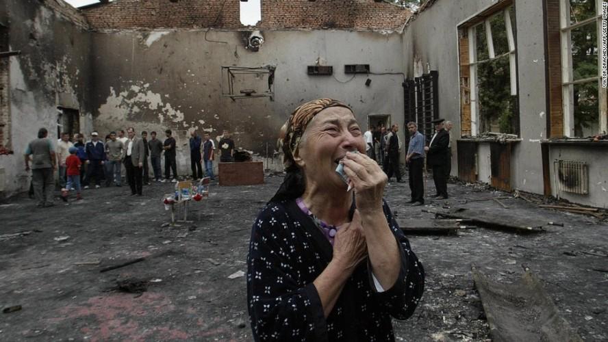 Tham kich vu khung bo Beslan sau 13 nam nhin lai-Hinh-13